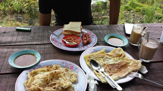 Kiram's Village: roti canai from kiram's canteen