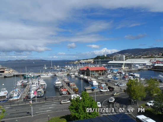 Grand Chancellor Hotel Hobart: View from room over Harbour
