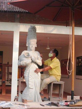 Artisans Angkor: @ Artisans 'D Angkor