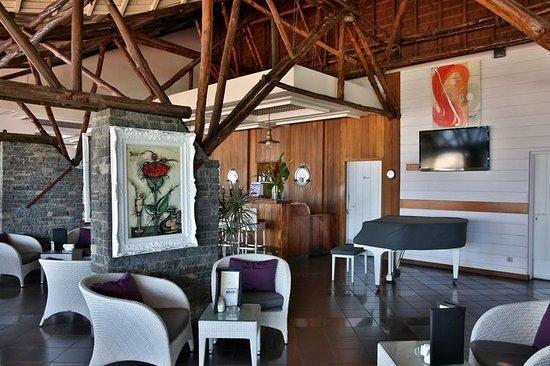 Hotel Boucan Canot: Bar La Calypso