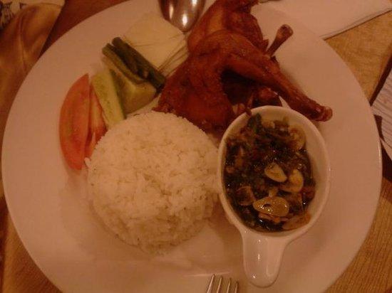 Arion Swiss-Belhotel Bandung: Nasi Ayam
