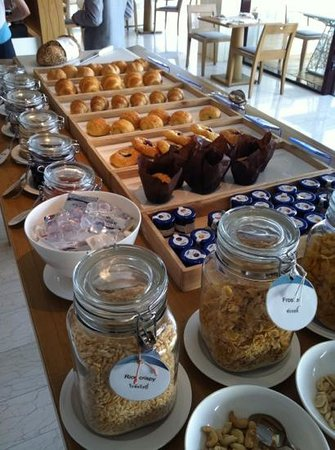 Hilton Pattaya: Breakfast on 34