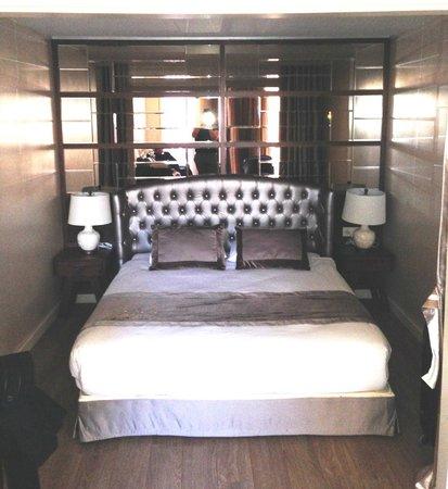 Suiteness Taksim Hotel : bed