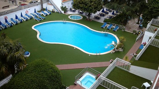 Hotel GHT Balmes & Apartments : Poolbereich