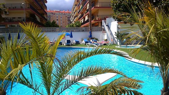 Hotel GHT Balmes & Apartments : Pool