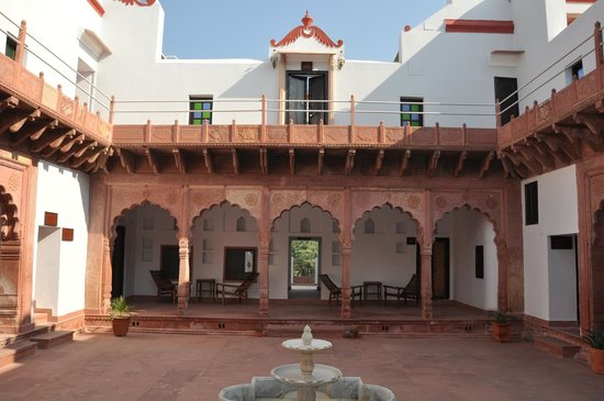 Chandra Mahal Haveli
