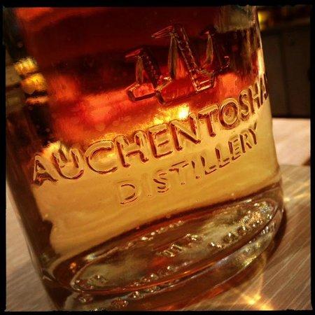 Auchentoshan Distillery : The Water Of Life