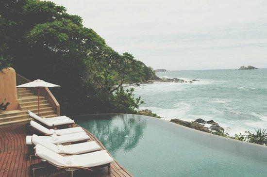 Capella Ixtapa: beautiful pool