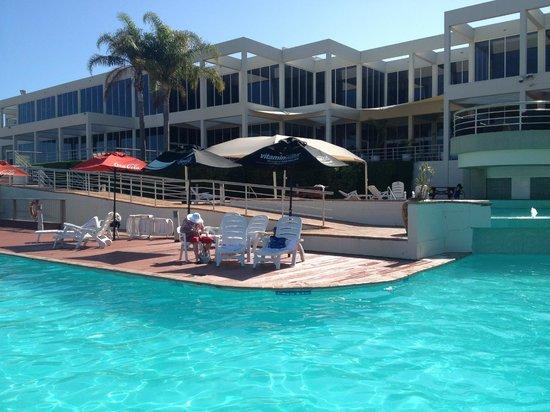 Opal Cove Resort : pool area