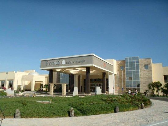 Tropitel Sahl Hasheesh : entrée hotel