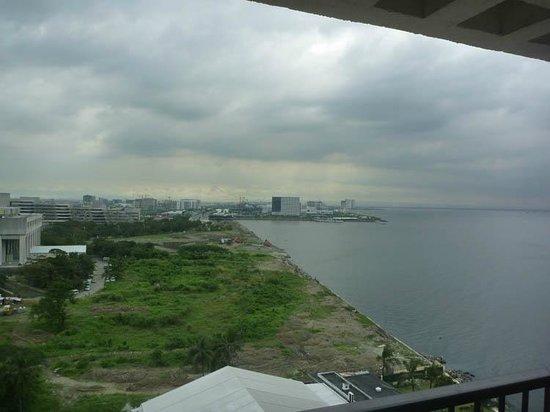 Sofitel Philippine Plaza Manila : Balcony View