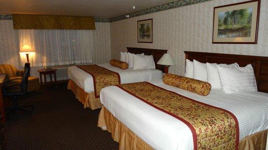Best Western Desert Inn: our room #224 2 dbl beds!