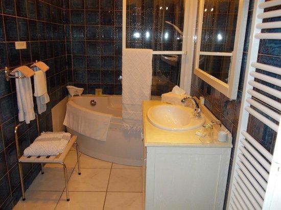 Hotel du Havre : Salle de bain