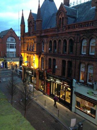 Kelly's Hotel Dublin : Street veiw