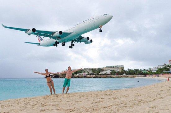 Maho, St Martin / St Maarten: Под самолетом