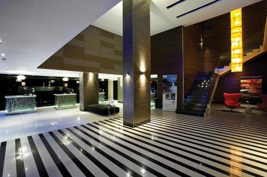 Radisson Blu Hotel, Port Elizabeth : Foyer / Lobby area