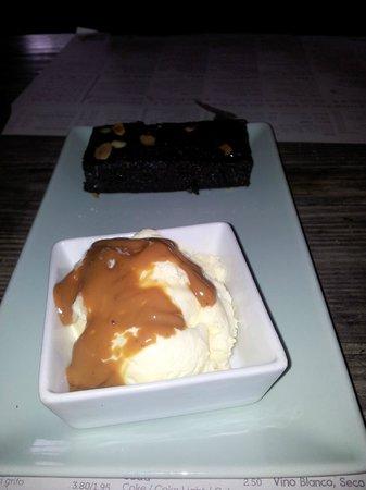 La Cantina : Zoe's Brownie