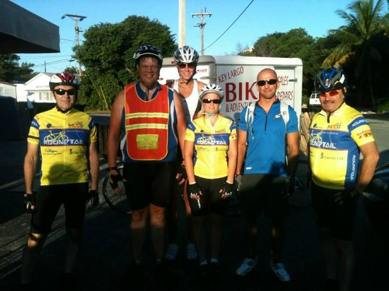 Key Largo Bicycle and Adventure Tours : Our group for the ride (Plus one more joined when we got to Marathon)