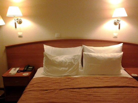Vega Hotel & Convention Center: номер