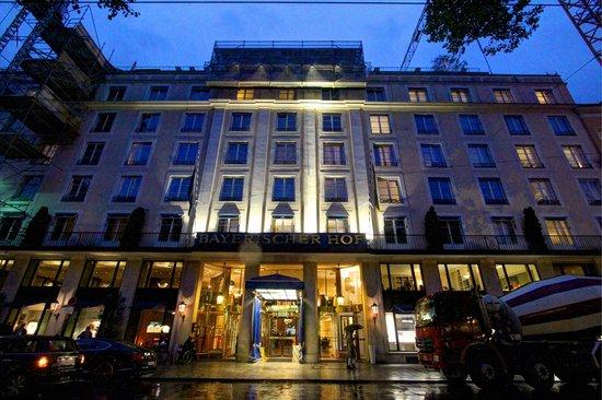 Bayerischer Hof Hotel: Bayerischer Hof
