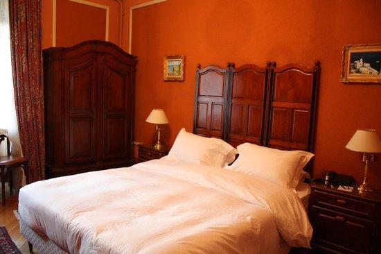 Hotel Longemalle: Стандартный двухместный номер на 3 этаже