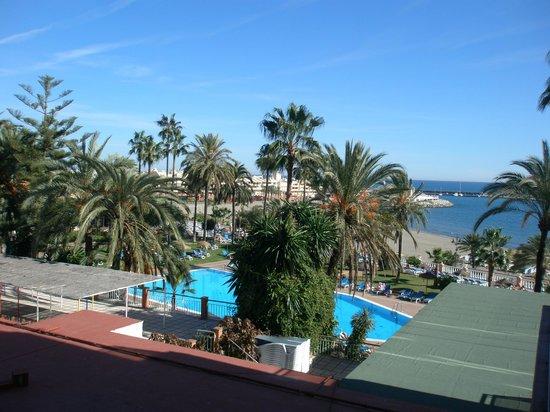 Hotel Best Triton : View from 2nd floor annex room