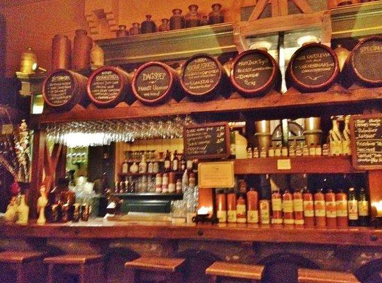 Proeflokaal A. van Wees: Neat Bar