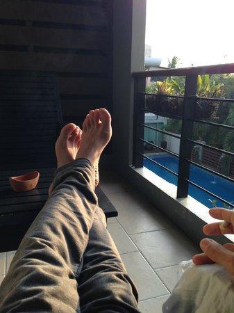 Baan Suwantawe : The pool from my balcony