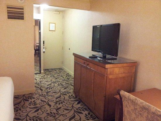 Omni Charlotte Hotel : Omni room