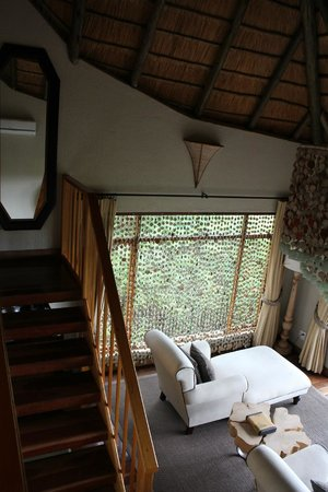 Ulusaba Rock Lodge : Master suite - Staircase
