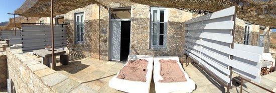 Coco-Mat Eco Residences Serifos: Our room terrace, entrance