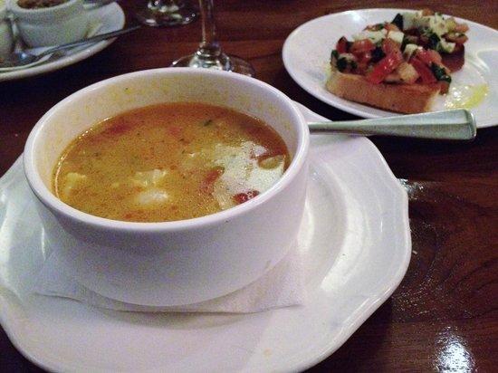 Ristorante Savini: minestrone soup