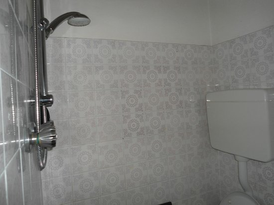Hotel Clan: Doccia