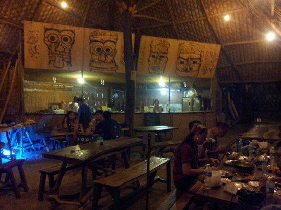 KT's Sinugba Sa Balay: Rustic decor
