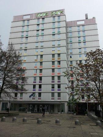 Hotel Park - Urban&Green: vista dal piano terra