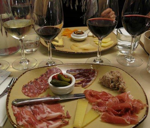 Villa Vino: Tapas menu