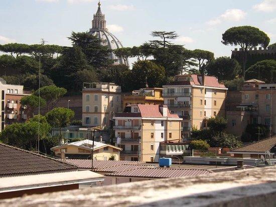 All'Ombra di San Pietro: Vista dal terrazzo