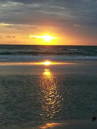 Beach Quarters Resort: Another Sunrise