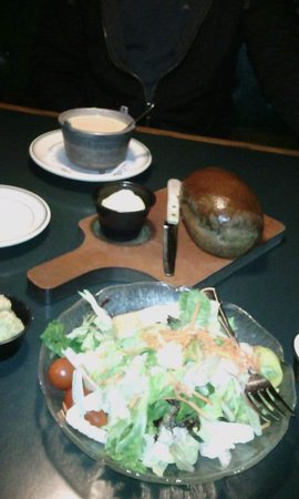 Black Bear Lodge and Saloon: salad and lobster bisque(already eaten)