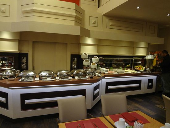 Crowne Plaza Hotel - Athens City Centre: Breakfast spread