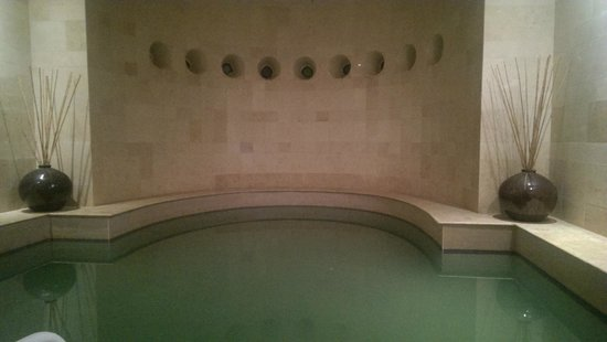 Movenpick Resort & Spa Dead Sea: dead sea pool at zara spa
