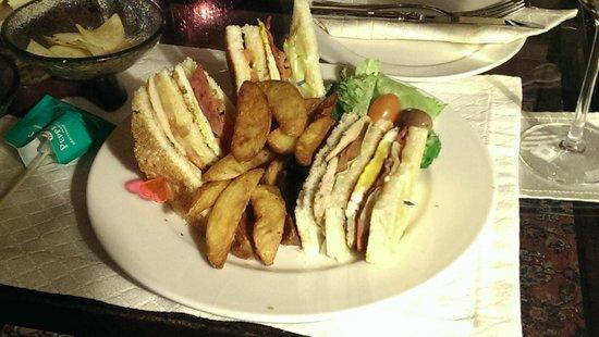 Movenpick Resort & Spa Dead Sea: the most amazing club sandwich EVER from the Al Khayyam bar