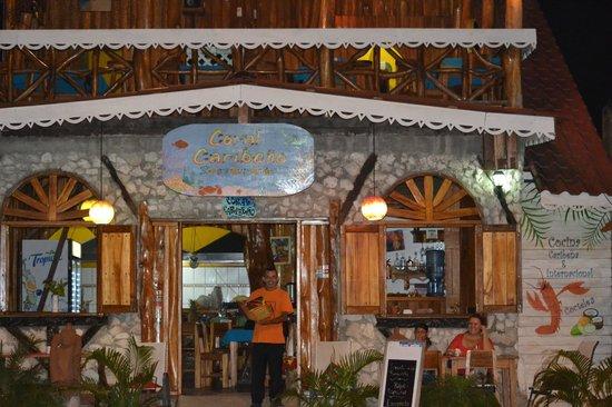 Restaurant Coral Caribeno : Coral Caribeño