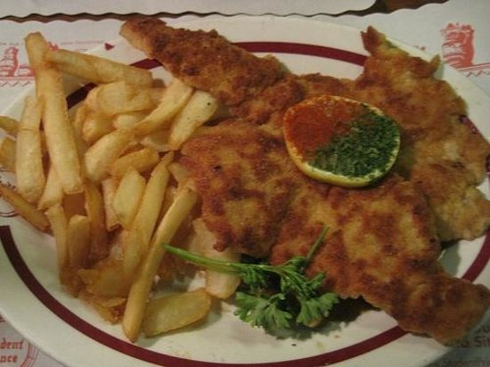 kaiser schnitzel - picture of the student prince cafe & the fort