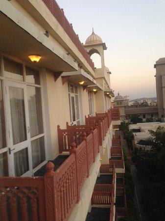 Le Meridien Jaipur Resort & Spa: Balcony views