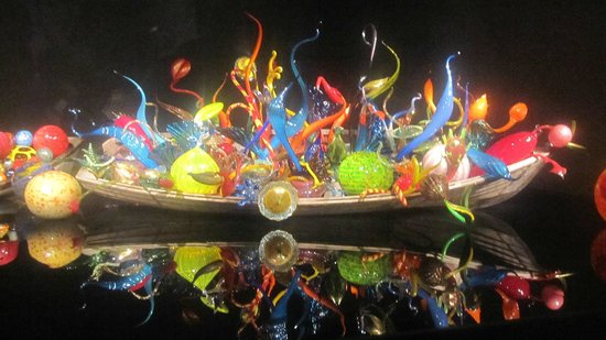 Magic In A Boat Picture Of Chihuly Garden And Glass Seattle Tripadvisor