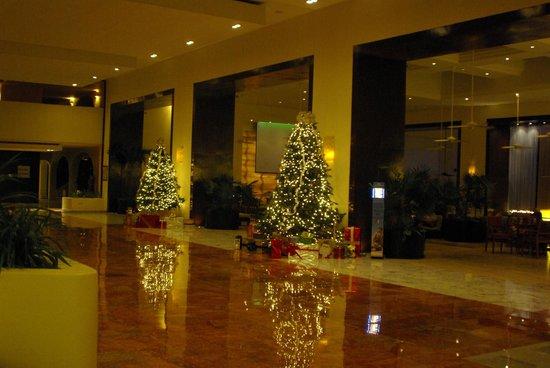 Start Of Christmas Decor Picture Of Fiesta Americana Condesa Cancun All Inclusive Tripadvisor