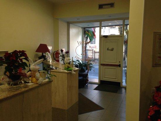 Hotel Marinoni : Reception.
