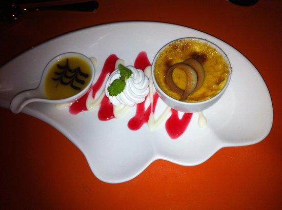 Pavilion Samui Villas & Resort: Restaurant creme brulee! Yummmmm