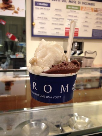 Photo of Italian Restaurant Grom at Cannaregio 3844, Venice 30121, Italy
